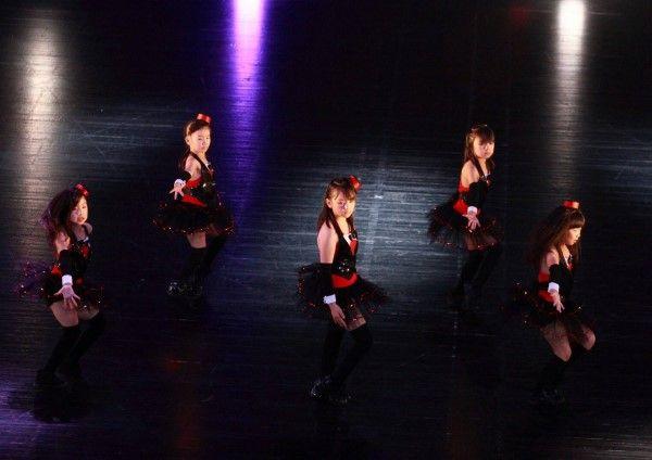 【川口キッズダンス】キッズジャズダンス(SACHIYO先生)  火曜/金曜キッズジャズダンス  https://www.tunein-creative.com/sachiyo/   『キッズジャズダンス』は、ダンスがはじめてのキッズからはじめられる楽しいダンス!   E-girlsや安室奈美恵が踊っているようなダンスを踊ろう!  キッズジャズダンスは、従来のジャズダンスに、  ストリートダンスの要素を取り入れたダンス。  全くの初めてでも大丈夫。優しく、楽しく1からレッスンしています!