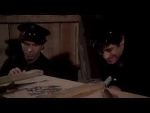 Stepující stonožka 1977 CZ cely film - YouTube
