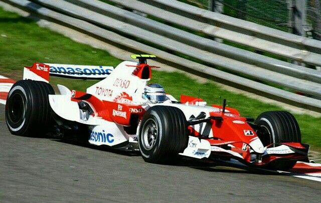 Panasonic Toyota Racing            N°12 Jarno TRULLI                   Toyota TF107 RVX-07 2.4L V8 Bridgestone                                    2007 Belgian Grand Prix