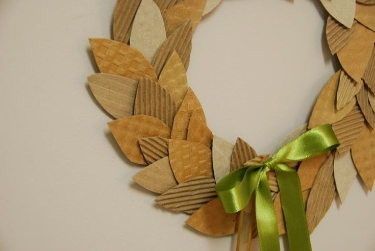 Coffee Cardboard Recycled Wreath  •  Free tutorial with pictures on how to make a paper wreath in under 180 minutes