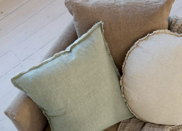 Flocca square linen cushions in Argent