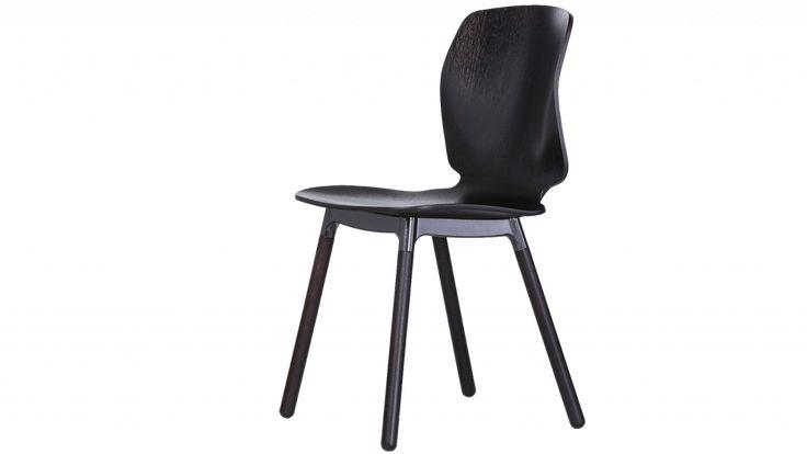 Curv stoel, ontwerp Marike Andeweg voor EYYE