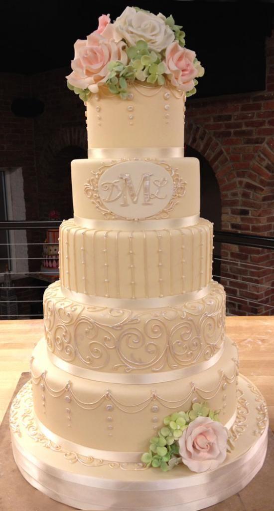 http://whiteflowercake.com/wp/wp-content/gallery/fondant-wedding-cakes/the-marlina.jpg