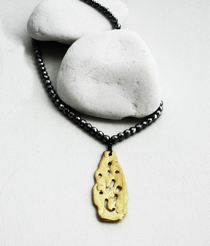MELTED TEAR GOLD Gold plated Silver and Hematite necklace by VANILE ON THE ROCK