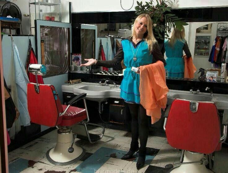 17 best images about hairsalon pics on stylists white cape and haircut salon