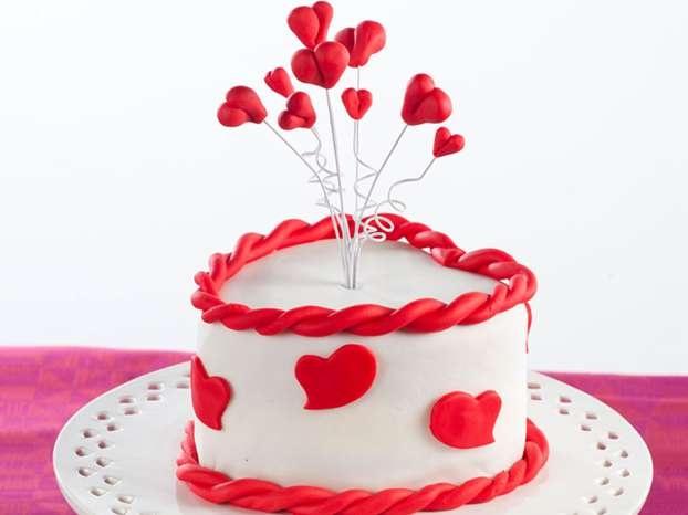 Torta di San Valentino http://www.arturotv.tv/san-valentino/torta-san-valentino