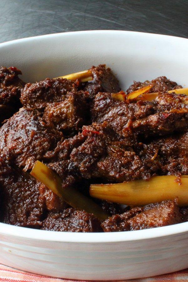 Chef John S Beef Rendang Recipe In 2020 Beef Rendang Recipe