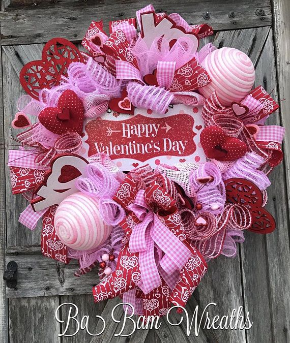 Valentine Wreath, Valentine Decor, Valentine Door, Welcome Sign Happy Valentines Day ❤️ ''Tis the season for LOVE~ we're talking Valentines honey! Greet the season and adorn your door with this beauty! Filled with lots of charm, impeccable design, an eye to pop on your door~ this