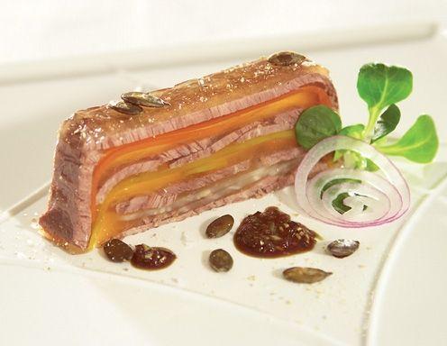 Sacher-Tafelspitzsulz mit Vogerlsalat - Rezept - ichkoche.at