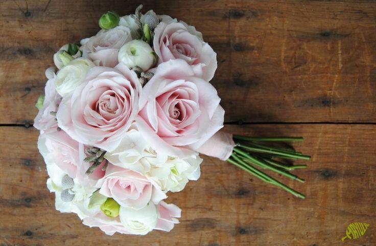 Ramo novia romántico y dulce con hortensia.  Mayula Flores