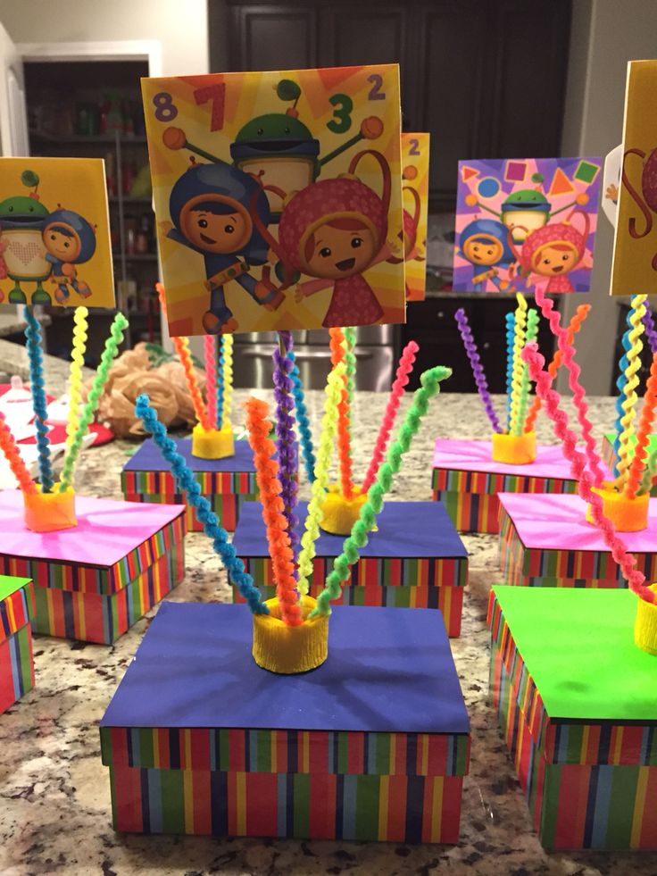 Team Umizoomi party table centerpieces! Mostly Dollar Tree !!!