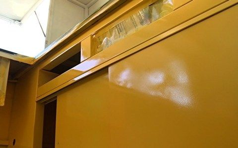 Pintura com textura laqueada é dica para restaurar móveis - Decora - GNT tinta spray ajato