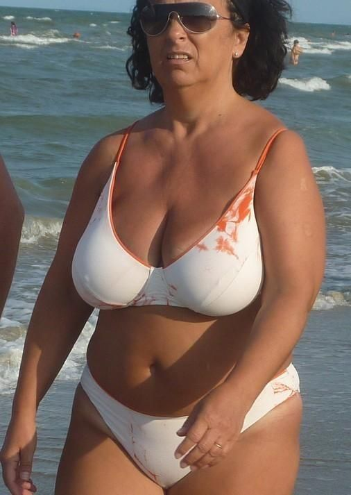 Big tit mature bathing suits peeled