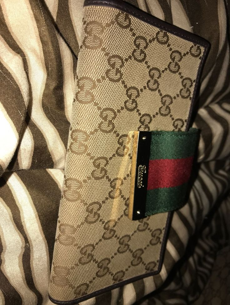 gucci card wallet red