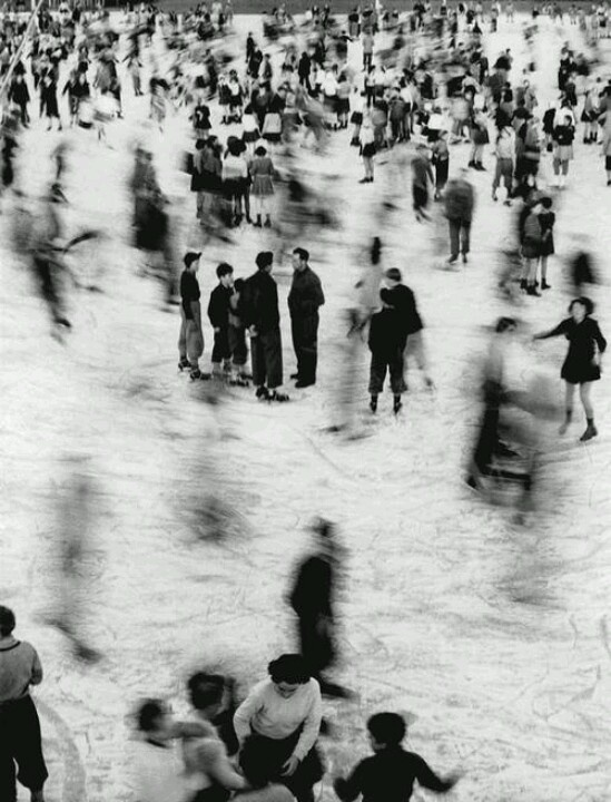 Mario Giacomelli. Pattinatori, Scanno de Biasi. 1953