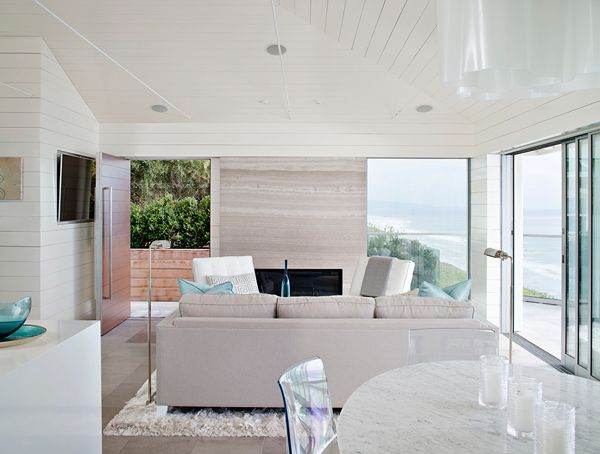 Solana Beach House Is A Tantalizing Modern Bungalow Situated In The Seaside Village Of