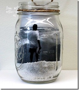 Beach pictures in a mason jar with sand--will definitely have to do this with vacation pics