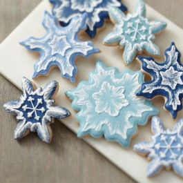 Wilton Brush Embroidered Snowflake Cookies from @officialacmoore.
