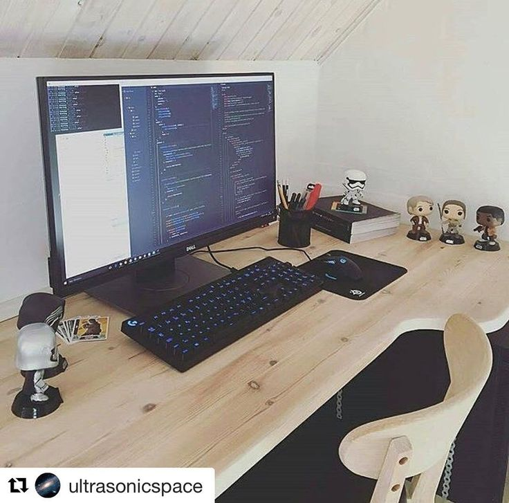 #Repost @ultrasonicspace such a mad coding setup!  regram @codeismylife  OUR FIRST VLOG! Find out about world of programmers who's behind world of programmers and what's to come! Lots and lots of programming and tech related discussions to come including live streams! View the video with the Direct link in our bio!  Or visit http://www.youtube.com/c/worldofprogrammerstv ... #html #dell #ruby #html #dell #blogger #wordpress #webdeveopment #server #computerscience #developer #software…