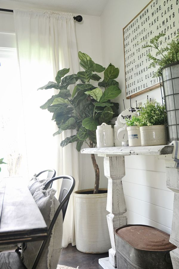 Faux Fiddle Fig - a review on a faux fiddle fig & where you can find one for cheap!