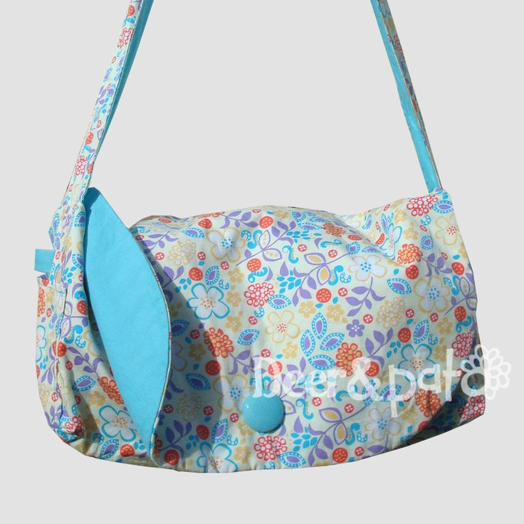 Double sided women's printed shoulder bag