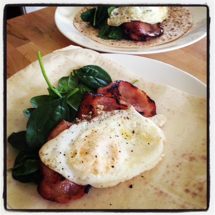 Michelle Bridges Egg and Bacon Breakfast Wrap - delish! 12WBT