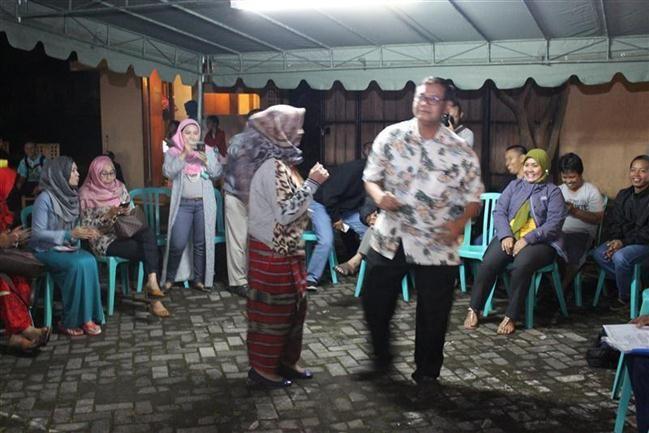 Malam Evaluasi peserta Rombongan Unizar Mataram Goes To Pare