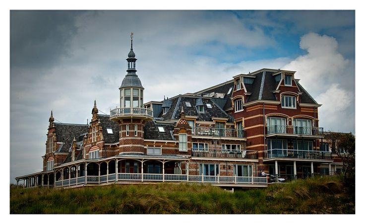 329 best domburg images on pinterest dutch netherlands netherlands and holland. Black Bedroom Furniture Sets. Home Design Ideas