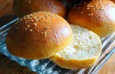 Régime Dukan (recette minceur) : Buns (pains pour burger, sandwiches etc...) #dukan http://www.dukanaute.com/recette-buns-pains-pour-burger-sandwiches-etc-11569.html