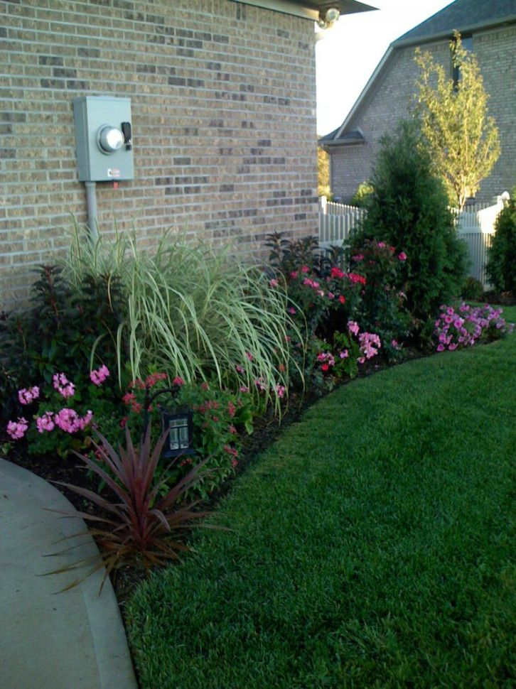 idea for the flower bed on the side of the house - Flower Garden Ideas Illinois