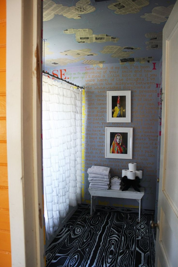 If you ve got a small bathroom don t worry it s actually average - Elizabeth S Colorful And Adventurous House