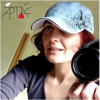 hand painted cap by Aptak