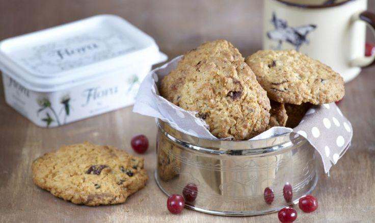 Λαχταριστά, απολαυστικά Cookies με Βρώμη, Cranberries, και Κομματάκια Λευκής Σοκολάτας με αυτήν τη συνταγή!