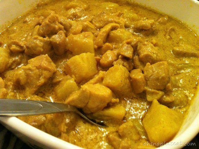 Easy Coconut milk curry chicken: Supper tonight!! Very delicious.