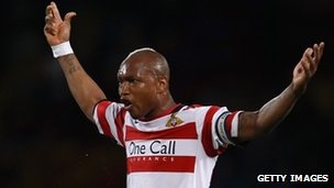El Hadji Diouf arrested after Manchester club fight