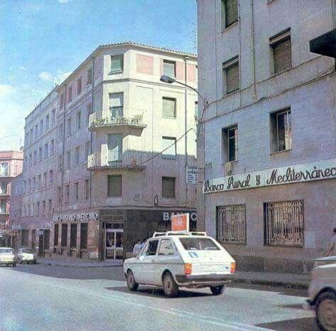 Calle Marcelo Usera esquina a la calle Pilarica.