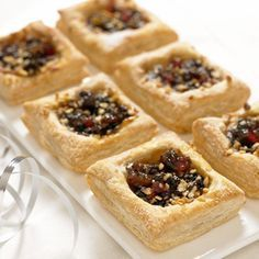 Perfect for nibbles or as a starter, try this recipe for easy mince pie mincemeat squares - made with Jus-Rol's ready rolled puff pastry.