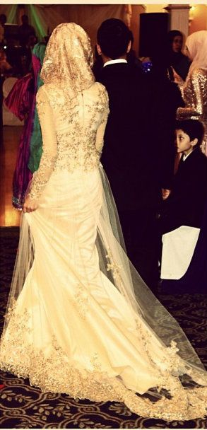 And they say, there arent beautiful wedding dresses for hijabis ?! -tzz :D