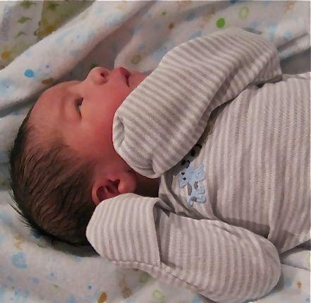 Ropa de bebé: ¿Qué comprar para el bebé recién nacido?: 2 pares de guantes para recién nacido