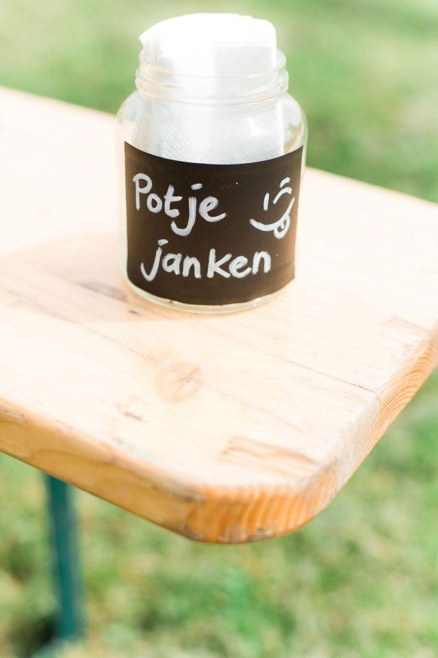 :-D leuk!  Trouwen onder een oer-Hollandse molen | ThePerfectWedding.nl