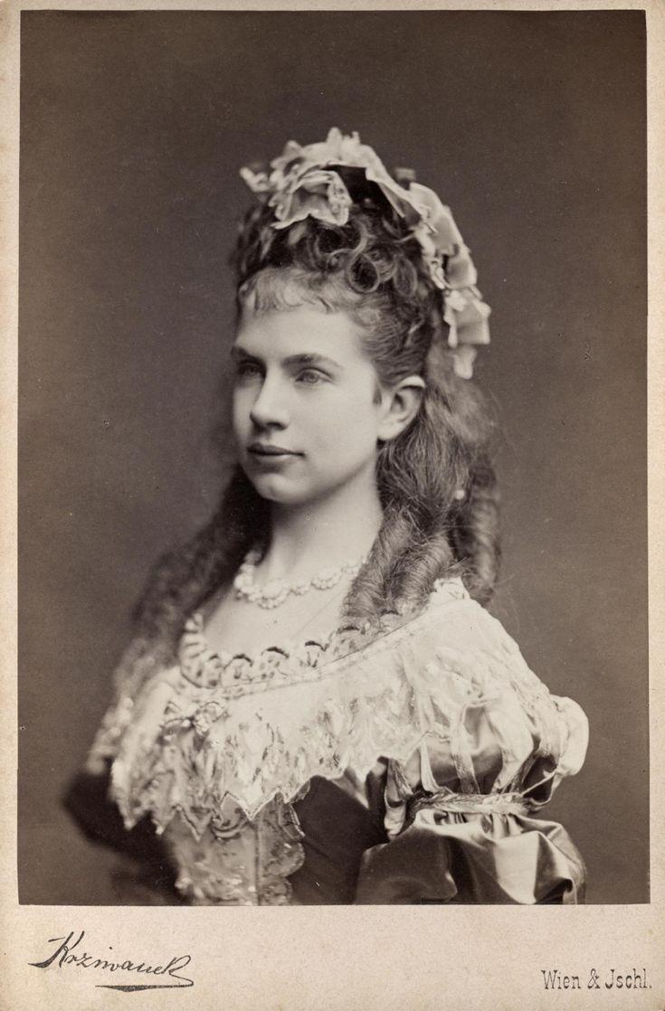 Arciduchessa Gisella, Principessa in Baviera  in costume.