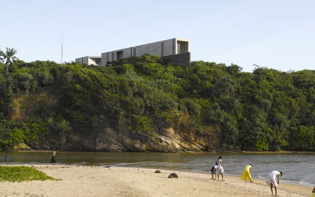 Interiors: A clifftop concrete house in southern Sri Lanka - Telegraph.