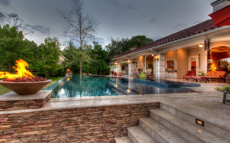 Vanishing edge pool houston texas downunda aquatic for Pool design houston tx