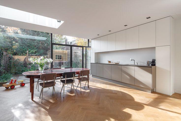 #architecture #extension #utrecht #modern #minimalistic #design #thenetherlands #interior #kitchen #white