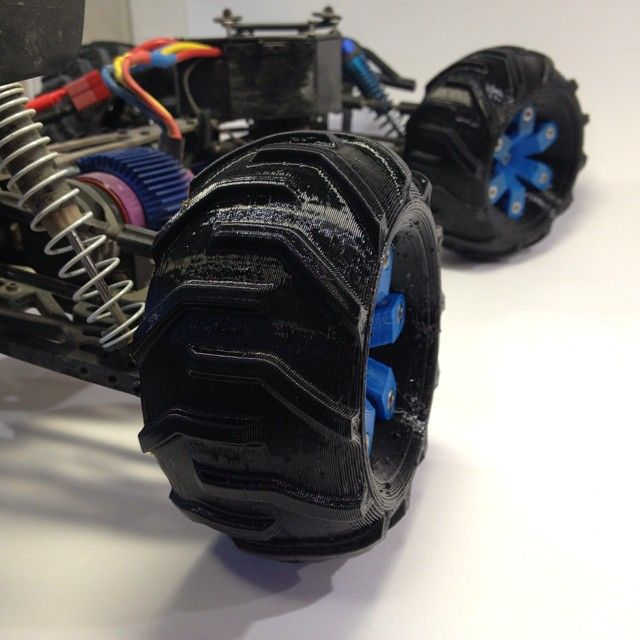 On the Truggy... Wheels for the #OpenRC #Truggy project by @danielnoree  http://www.thingiverse.com/thing:526969 #3Dprinting #3Dprinted #RC #car #RCcar #thingalert #3dprint #3Dprinterfilament #elasticfilament #flexiblefilament #Thermoplasticpolyurethane #palmiga_innovation #rubber3dprinting