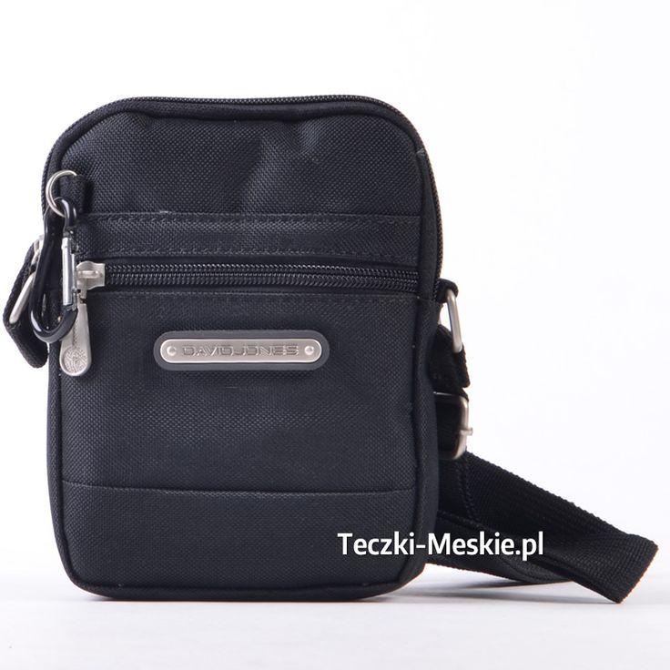 Mała saszetka - męska czarna torebka na ramię i do przewieszenia na dokumenty, portfel, klucze. Zobacz więcej na http://teczki-meskie.pl/torby-meskie/29-czarna-oryginalna-torebka-nowoczesna-saszetka-david-jones.html
