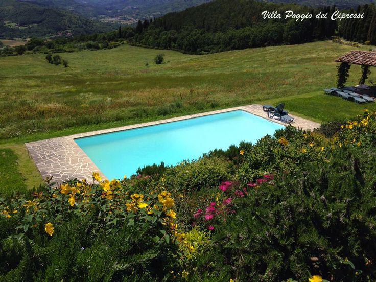 infinity #pool overlooking the #Tuscan #Landscape at Villa Poggio dei Cipressi near #Arezzo in #Casentino region