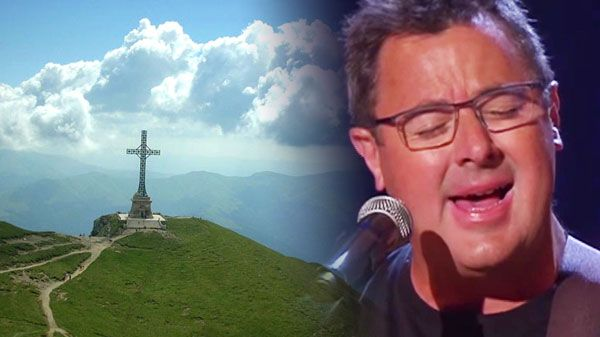 """Vince gill Songs - Vince Gill - """"Go Rest High On That Mountain"""" 
