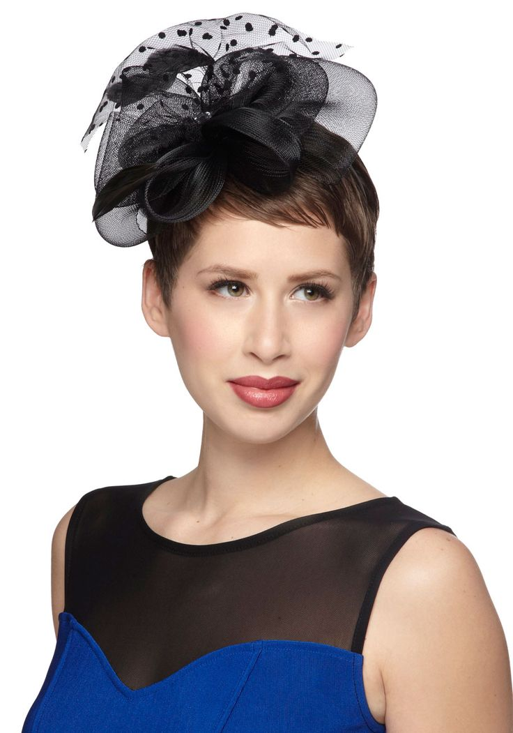 It Happened at the Gala Fascinator. Tonight, you slipped into a gown of sequins, stepped into velvet heels, and slid the headband of this black fascinator over your locks. #black #modcloth