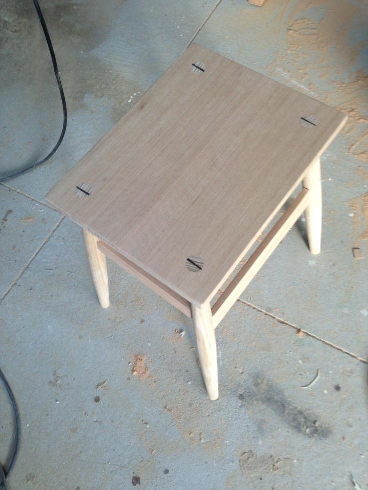 JB ELLIOTT Belmore bootmakers stool